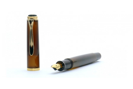 Pelikan Elegance 200 smoky quartz fountain pen