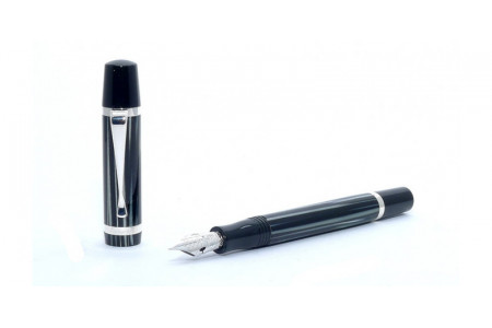 Montegrappa Nazionale Flex zebra fountain fine flexible nib