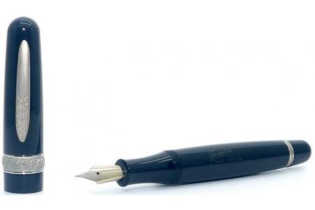 Stipula Etruria Magnifica Onyx fountain pen