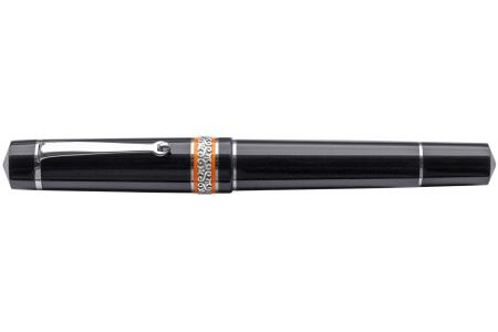 Maiora Mitho Oronero fountain pen