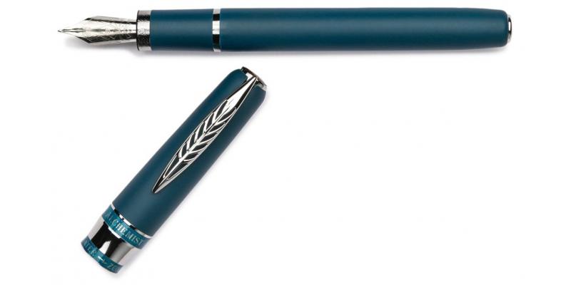 Pineider Alchemist Kilauea Blue fountain pen