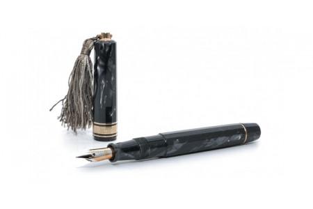 Omas Arte Italiana Princess grey fountain pen